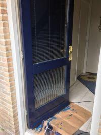 blauwe deur schilderwerk